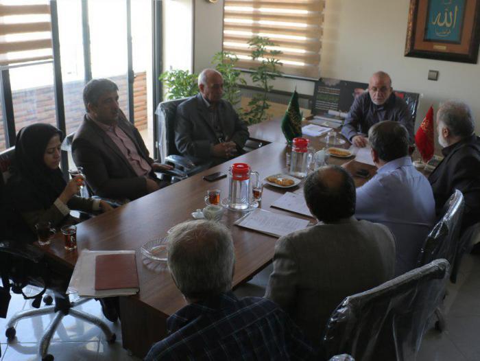 گزارش تصویری دیدار مدیران بیمارستان های خیریه ای استان اصفهان با جناب آقای دکتر فولادگر
